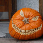 How to Carve a Halloween Pumpkin